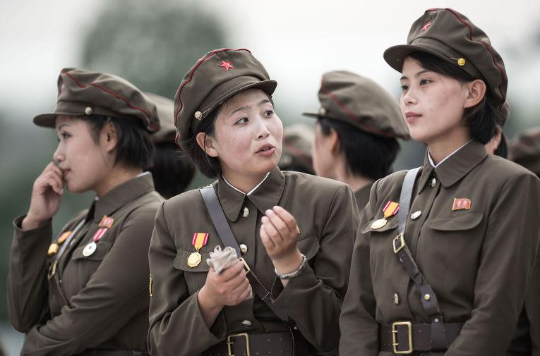 """Результат пошуку зображень за запитом """"женщины армии северной кореи"""""""