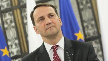 Сикорский: Раздел Украины уже произошел