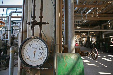 Нефтеперерабатывающий завод в Ливии