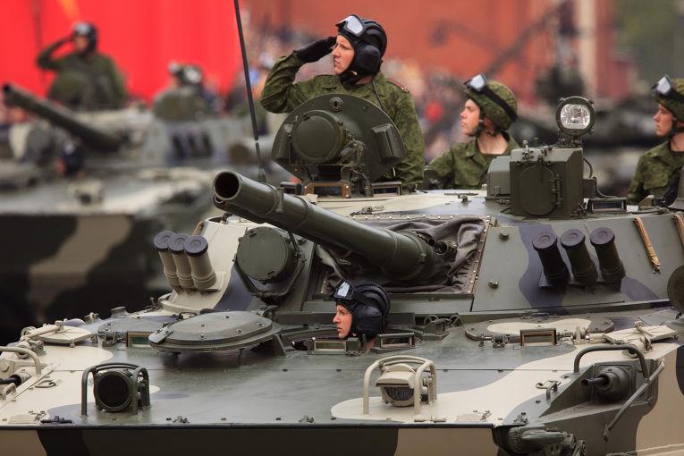 Танк Т-90 «Владимир» на генеральной репетиции парада Победы