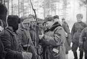 Генерал Штыков с красноармейцами