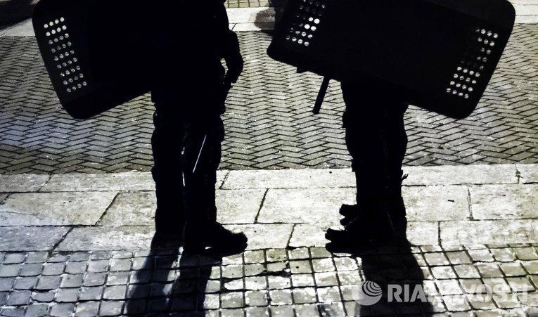 Сотрудники правоохранительных органов в Киеве