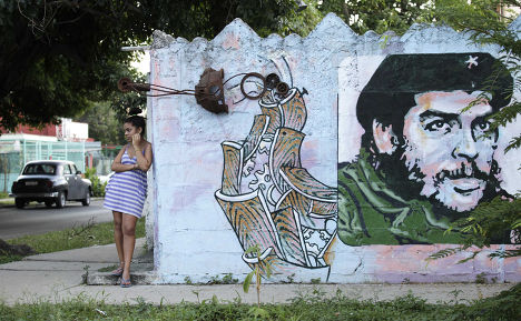 Граффити с Че Геварой на улице в Гаване