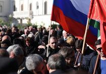 Митинг в поддержку подписания договора между Россией и Абхазией о союзничестве и стратегическом партнерстве в Сухуме