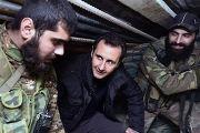 Президент Сирии Башар Асад разговаривает с сирийскими военными в Дамаске
