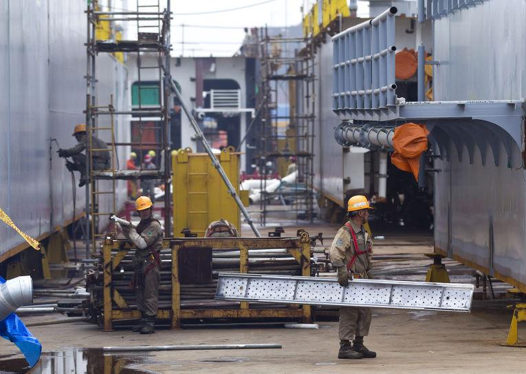 Кораблестроительный завод на острове Чансиндао, провинция Ляонин, Китай