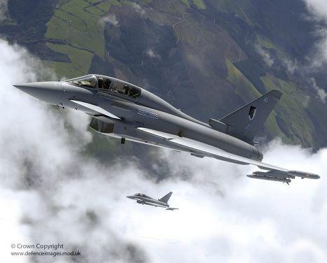 Многоцелевой истребитель британской армии Typhoon