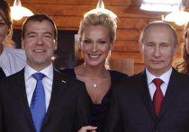 Модель Алиса Крылов с Владимиром Путиным и Дмитрием Медведевым