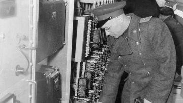 Как КГБ обнаружил шпионский тоннель ЦРУ