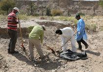 Братская могила в Тикрите, где найдены останки иракских солдат, казненных ИГИЛ