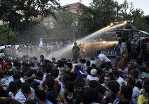 Разгон протестующих в Ереване