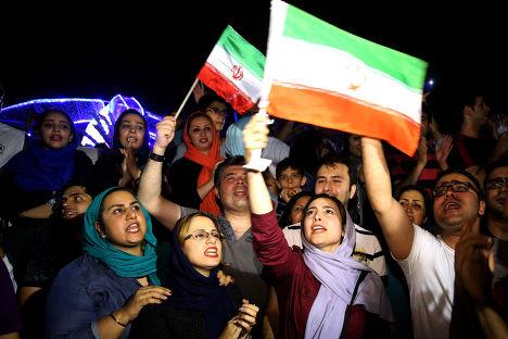Иранцы празднуют подписание соглашения по ядерной программе в Вене