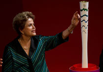 Президент Бразилии Дилма Русеф на церемонии презентации Олимпийского факела