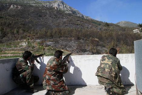 Сирийские военные в Латакии