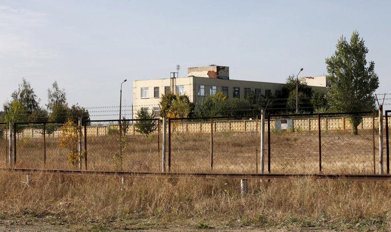 Военный склад в городе Богучар рядом с границей России и Украины