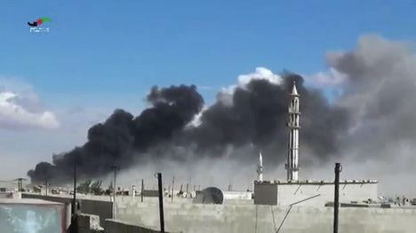 Последствия авиаудара по пригороду Хомса, Сирия