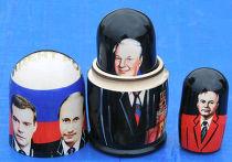Матрешки с портретами президентов и генсеков