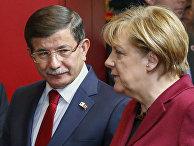 Канцлер ФРГ Ангела Меркель и премьер-министр Турции Ахмет Давутоглу на саммите ЕС и Турции, посвященном проблеме беженцев