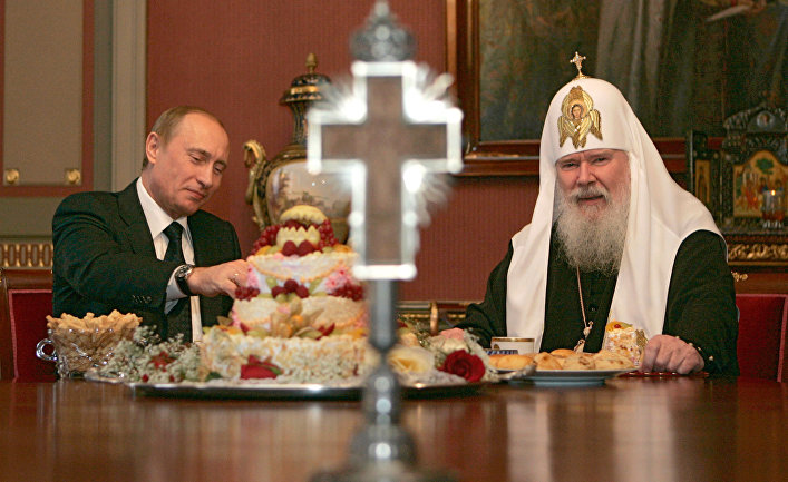 Президент России посетил патриарха Московского и всея Руси
