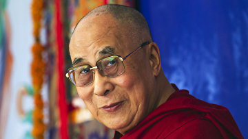 Духовный лидер последователей тибетского буддизма Далай-лама XIV
