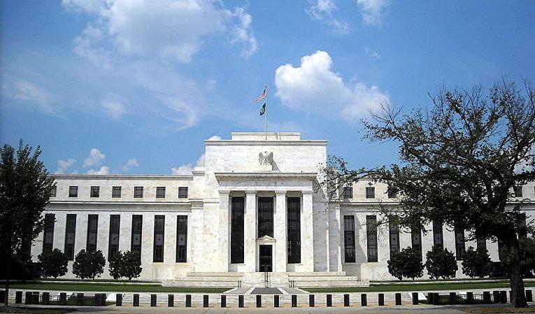 ФРС замучила уже
