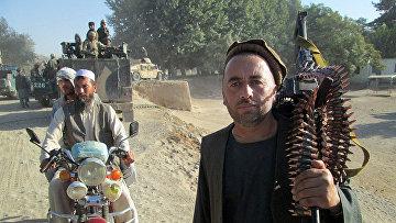 Афганские военные и добровольческие отряды направляются в Кунгуз