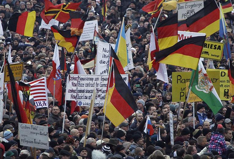 Pegida берет Дрезден в заложники