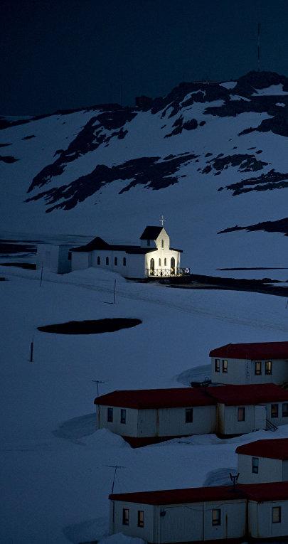 Церковь на острове Кинг-Джордж архипелага Южные Шетландские острова