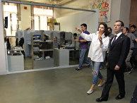 """Президент РФ Д.Медведев посетил студию телеканала """"Дождь"""""""