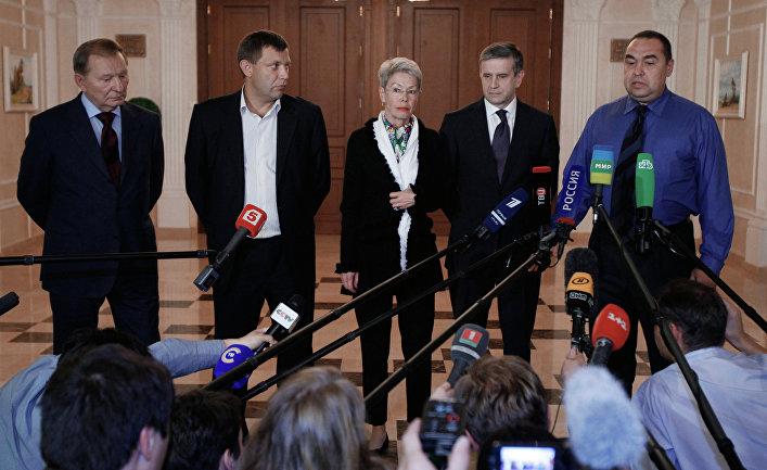 Киев выбирает из нескольких вариантов отказа от Минских соглашений