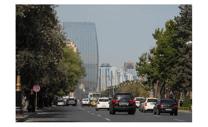 Проспект Нефтяников в Баку