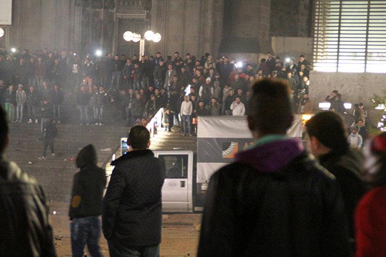 Железнодорожный вокзал в Кельне в новогоднюю ночь