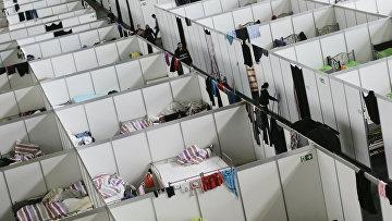 Временный лагерь для беженцев в Берлине