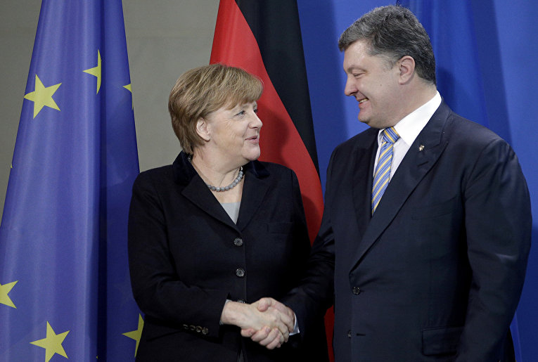 Канцлер Германии Ангела Меркель и президент Украины Петр Порошенко на встрече в Берлине