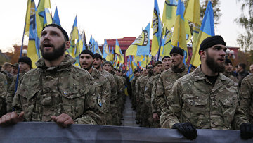 Бойцы батальона «Азов» на праздновании 72-летия образования УПА