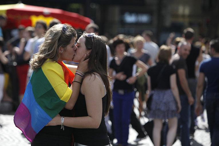 Фиктивный брак для гея фото 248-717