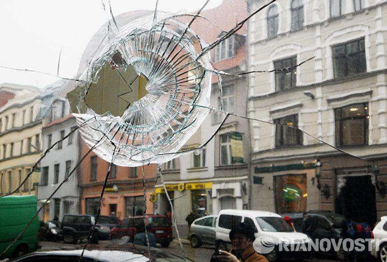 Последствия массовых беспорядков во время акции протеста оппозиции в Риге