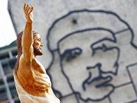 Статуя Христа на площади Революции в Гаване