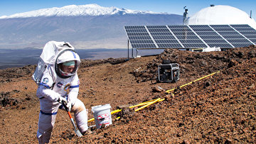 Марта Ленио, возглавлявшая команду ученых, восемь месяцев живших под куполом на склоне спящего гавайского вулкана в похожих на марсианские условиях