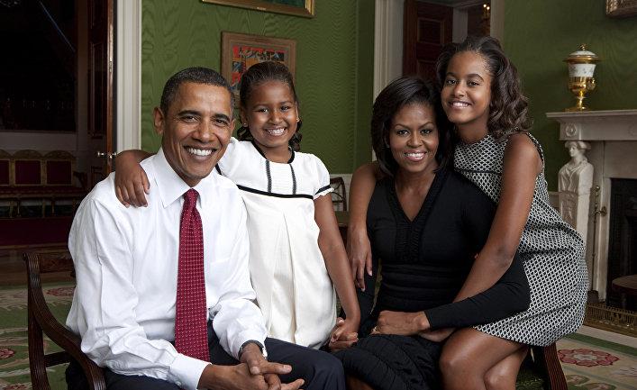 Президент США Барак Обама с женой Мишель и дочерьми Сашей и Малией