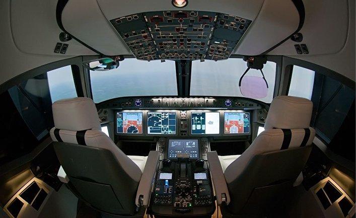 Кабина пилотов самолета МС-21