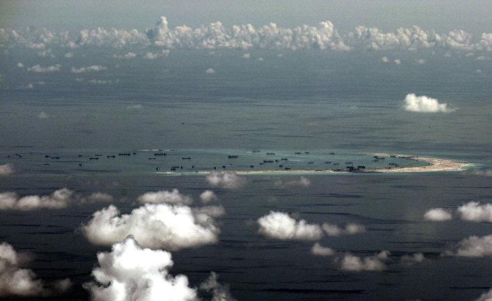 Китай укрепляет контроль за счет искусственных островов