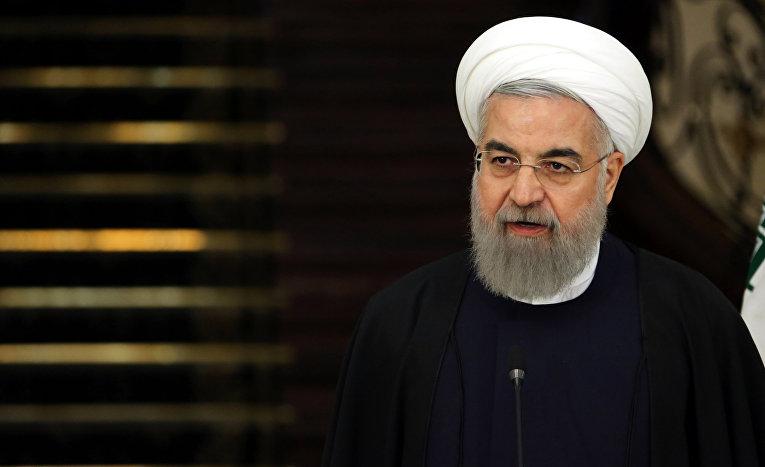 Президент Ирана Хасан Рухани на пресс-конференции в Тегеране
