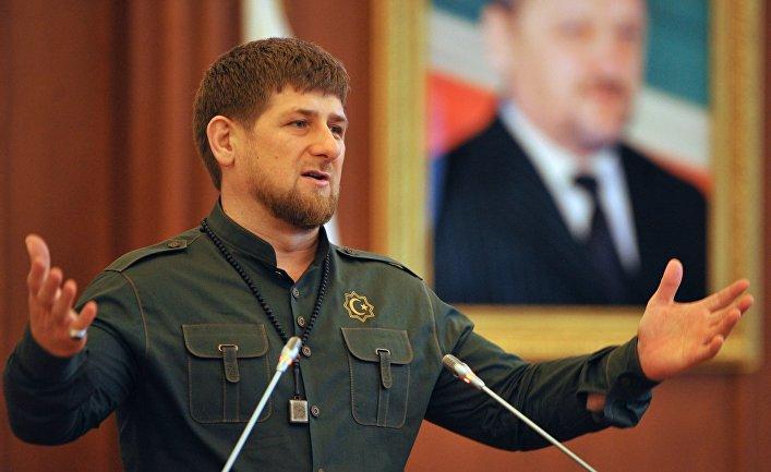 Глава Чеченской Республики Рамзан Кадыров выступает во время торжественного заседания парламента Чеченской Республики
