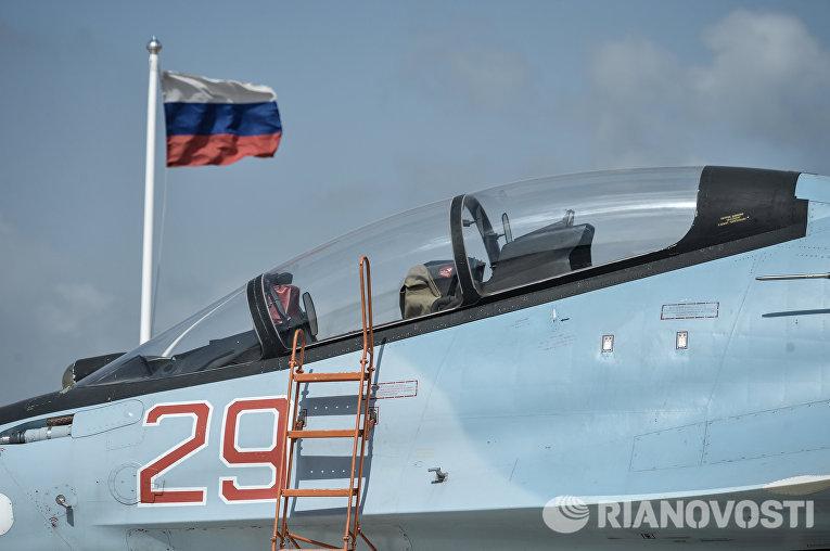 Истребитель Воздушно-космических сил РФ СУ-30 в Сирии