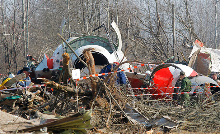На месте авиакатастрофы под Смоленском. День третий