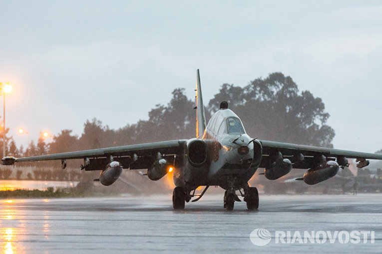 Подготовка к вылету самолетов ВКС России на авиабазе Хмеймим в Сирии
