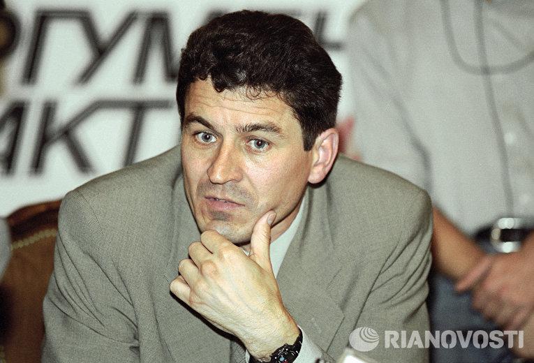 """Пресс-конференция в газете """"Аргументы и факты"""""""