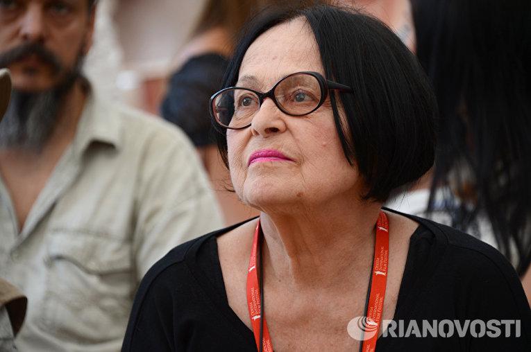 Муратова Думаю в Украину Крым не вернется но может