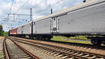 Товарный поезд в Украине